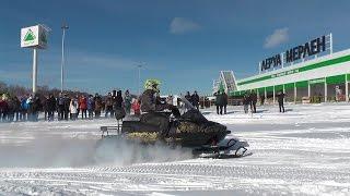 Открытие фестиваля снегоходной техники в Костроме.
