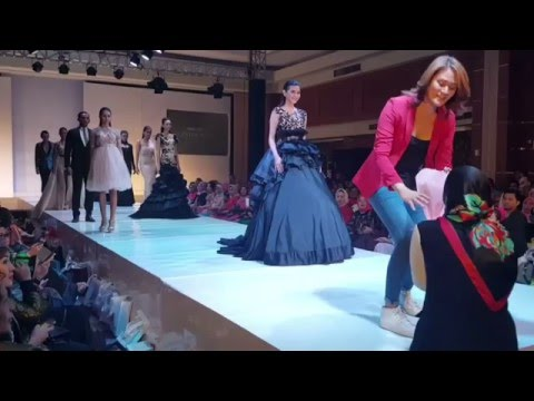 Payakumbuh Fashion Week 2016 by Arma Wedding Couture at Padang Indonesia