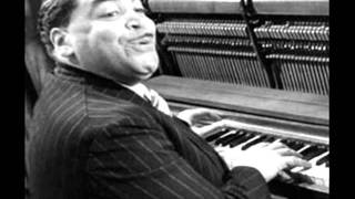 Watch Fats Waller Breakin The Ice video