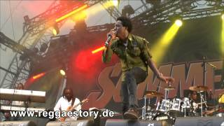 Romain Virgo - I Am Rich In Love + All Out + Customer Care - Summerjam 2013 - 3/4