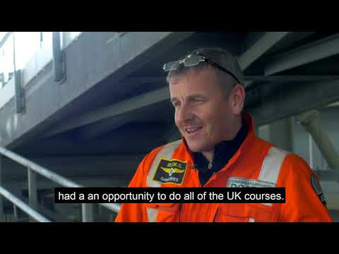 Dr Gareth Davies talks about  what we look for when recruiting - London's Air Ambulance
