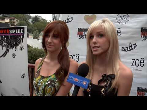 "Savvy and Mandy Interview - New Single ""Words"" and Music Video - Love Spill Event"