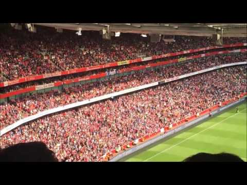 Arsenal Fans Sing to Newcastle Goals Against Spurs!