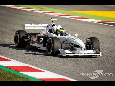 Alonso élve falná fel Hamiltont és Vettelt?!