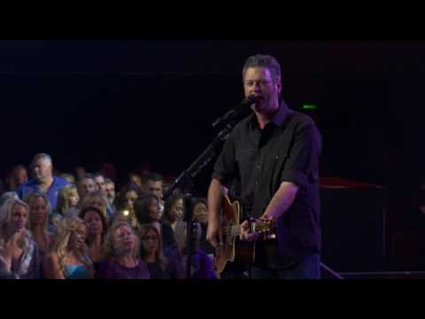 Blake Shelton – Sangria (Live on the Honda Stage at the iHeartRadio Theater LA)