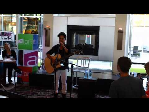 Live 95 5 Aloft Lounge in Portland Interview with Revin John 05 08 12