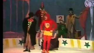 MUSICAL DEL CHAVO del ocho 8 - Los payasos - EL CHAPULIN COLORADO