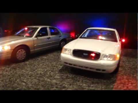 1/18 Police Cars Working Lights