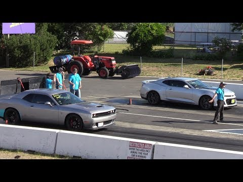 2018 Hellcat vs 2018 ZL1 Camaro – drag race