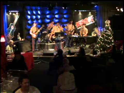 LIVE WEBCAST:Henry Kapono and the U.S. Marine Corps Forces Pacific Band