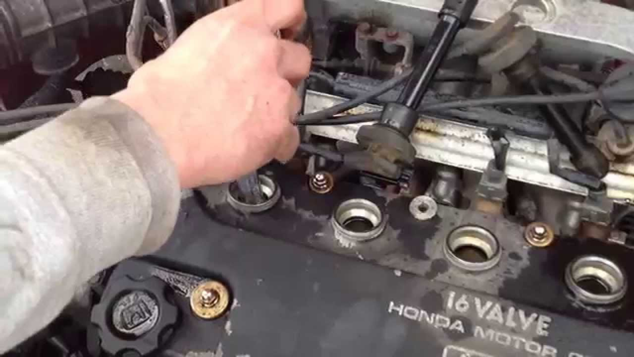 how to gap and install spark plugs on a honda civic youtube