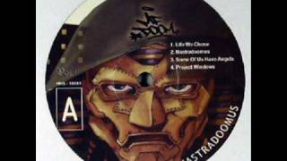 Nas ft MF DOOM - One love ( Nastradoomus ) + lyrics