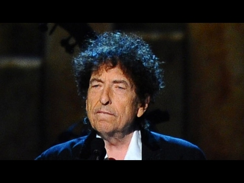 Bob Dylan Gives Rare Interview and Talks Sinatra, Elvis