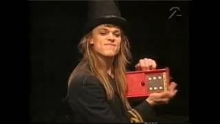 Comedy Magician Carl-Einar Hackner
