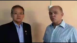 Roberto Ramos do Prado entrevista Ricardo Tokoi em reunião de despachantes em Bauru