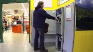 Vyladěný automat na výkup lahví (skrytá kamera)