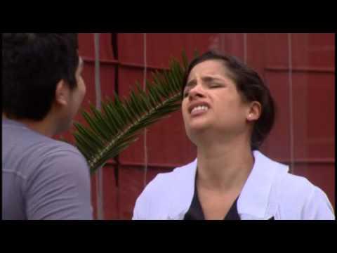 Fernanda estalla de irá al ver a Joel besando a La Monsefuana