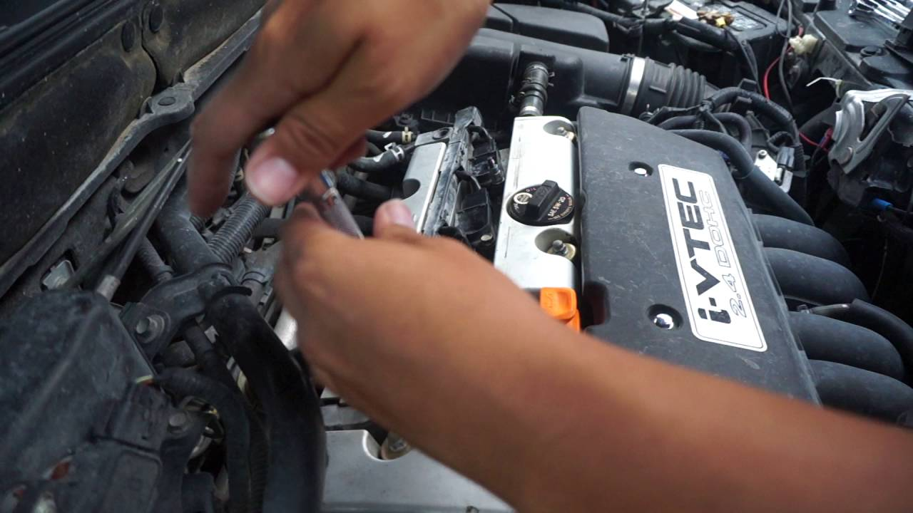 How To Change Spark Plugs On A Honda Ignition Coils As Well Youtube 1996 Civic Firing Order