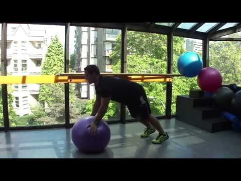 Swiss Ball Rollout Technique. CutFIT