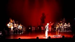 David Byrne & St. Vincent - This Must Be the Place (Naive Melody) [Beacon Theatre, 9.26.2012]
