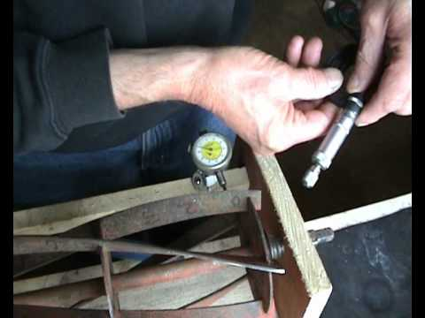 How To Sharpen A Cylinder Mower Blade With A Bit Of Wood