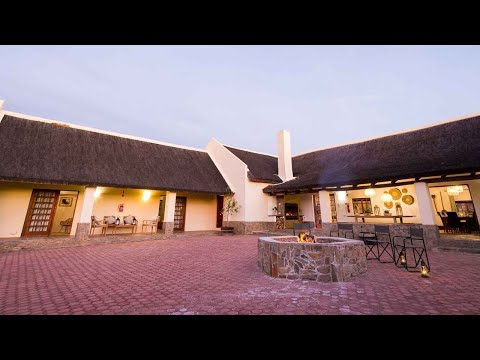 Accommodation : Roam Safari Lodge