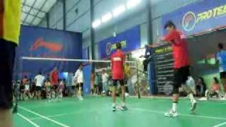 Gambar cover Teddy Tan & James Quah .. Proshuttle badminton tournament on 9 July 2011
