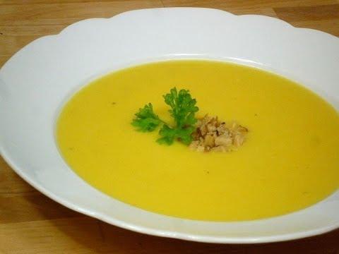 Cremige Kürbis-Suppe (Creamy Pumpkin-Soup)