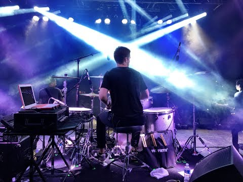 Jon Foster drumming with Shawn Desman