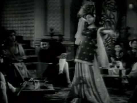Anhonee(1952)-Sharifon ki Mahfil Mein dil Gaya Chori (Raj Kumari)