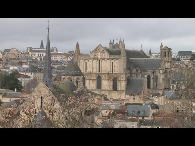 Poitiers, la ville aux cent clochers