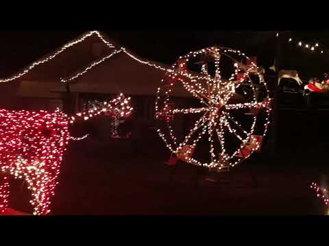 Tennessee Valley News - Alabama Family wins 'The Great Christmas Light Fight'