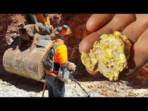 Gold Nuggets mit Metall Detektor in Gold Mine Australien DE