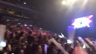 AON 2ne1 concert in Manila blackjacks sing along(, 2014-07-01T03:43:09.000Z)