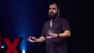 A tecnologia pode mudar vidas, inclusive a sua. | Hugo Santos | TEDxFortaleza