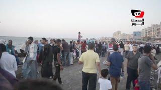 زحام على كورنيش الإسكندرية في ثالث أيام عيد الفطر