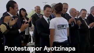 Ayotzinapa: protesta en premio nacional de ciencia - En Punto con Denise Maerker