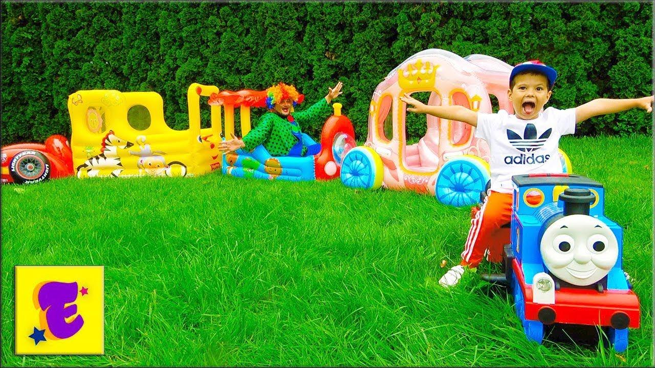 Егорка и Карлос ИГРАЮТ с НАДУВНЫМИ Машинками
