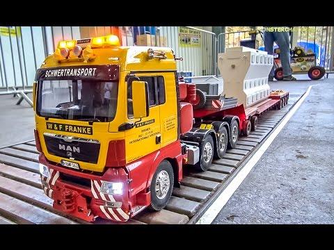 RC truck HEAVY load! R/C MAN transports a marine diesel engine!
