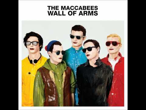 Клип The Maccabees - Seventeen Hands