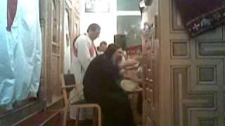 الأنبا أباكير في قداس عيد القيامة ٢٠٠٩ السويد Thumbnail