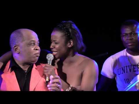 Charlotte Dipanda - Duo magique avec Ben Decca à Nanterre - Sortez les mouchoirs!