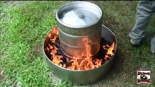 HOW TO COOK A TURKEY IN 2 HOURS THE EASY WAY! IN A BEER KEG!!!!!!!