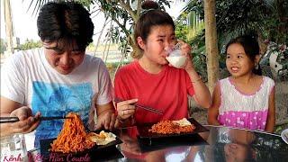 Thử Thách Ăn mì cay cay NHẤT Hàn Quốc-THÉT RA LỬA 🔥🔥 🇻🇳297