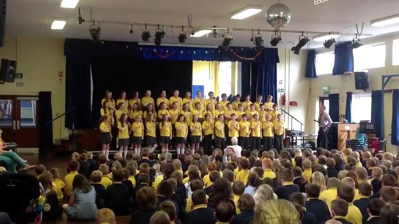 Ebrington primary school's P7 end of year concert - YouTube