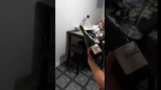 Woman Fails to Open Champagne With Glass - 985214
