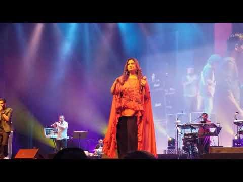 Zor Ka Jhatka - Richa Sharma And Paras Mann Live In Calgary.