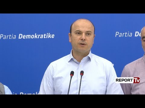 Report TV - Dita e Tokës, Jamarbër Malltezi:  Në Tiranë u festua me shtëllunga vdekjeprurëse tymi