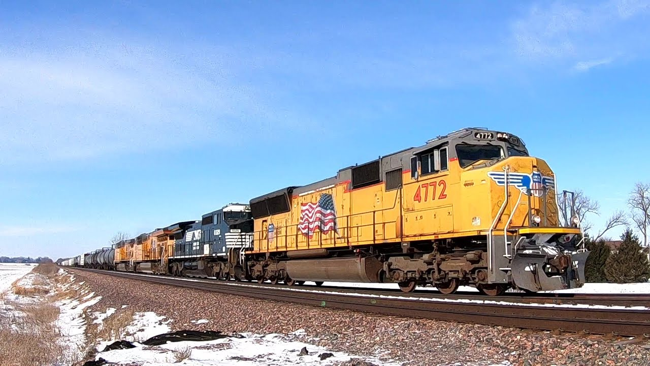 Up 4772 East With A Shave And A Haircut On 1 18 2018 Youtube