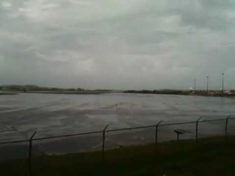 Airport As Leslie Approaches, Sun Sept 9
